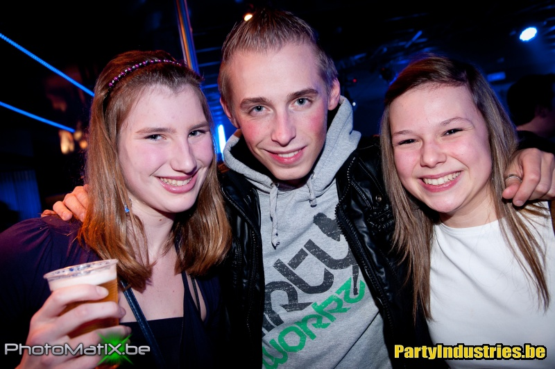 Foto van Party (Industries) For Life (364771)